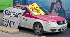 Anti-Uber_slogans_on_taxicab_at_Mexico_City_protest