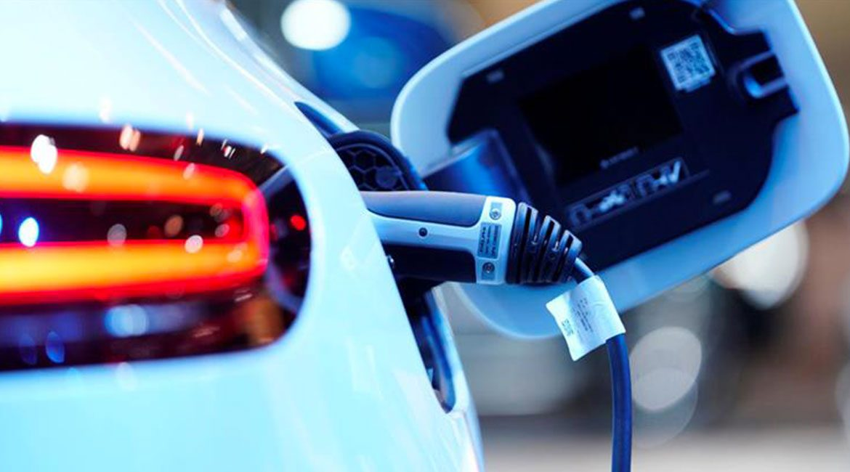 Elettrificate e ibride in testa ai dati di novembre