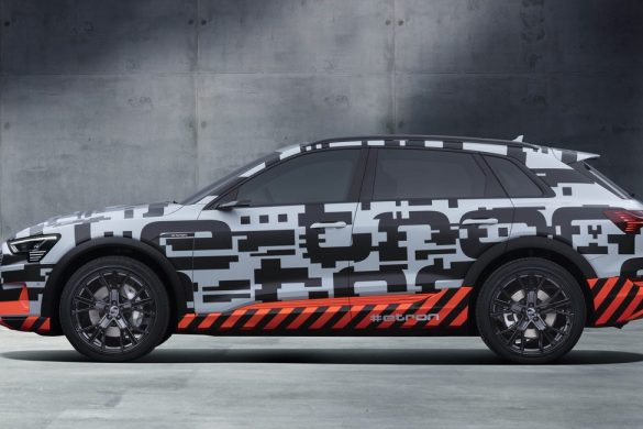 Audi e-tron prototype hurry
