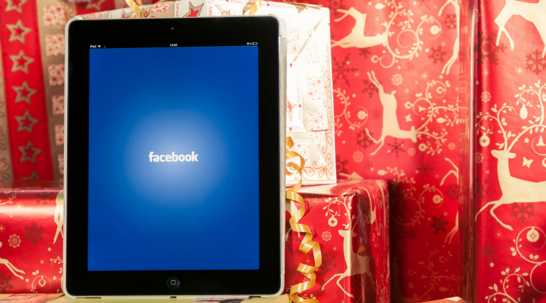 Shopping natalizio: ecco i consigli di Facebook per le aziende