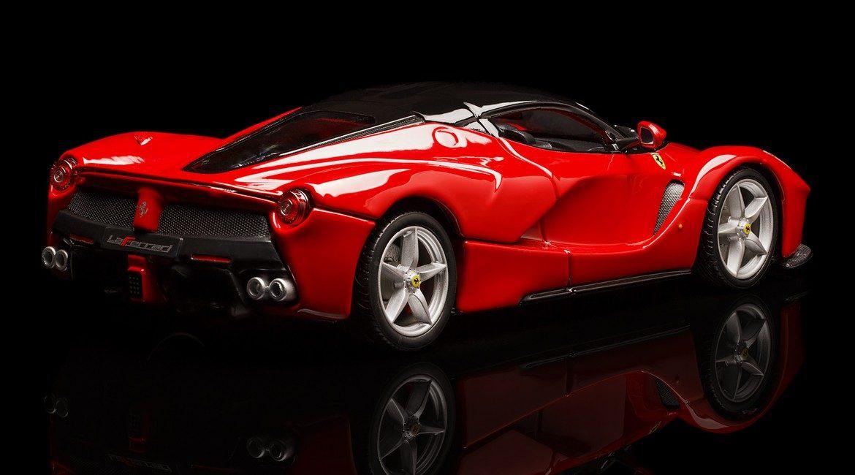 Ferrari, beneficenza da record