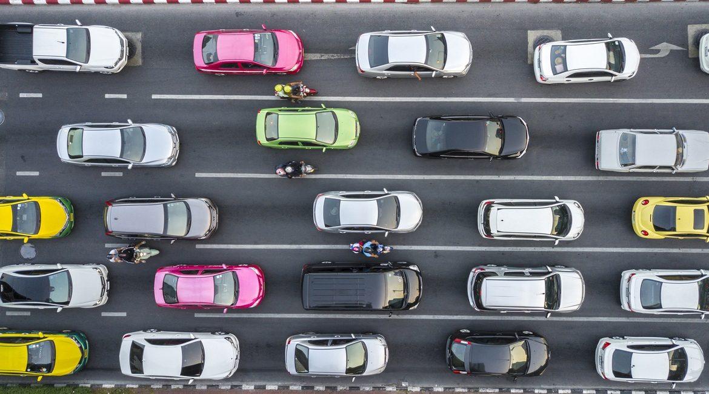Mercato auto in cauta ripartenza, prosegue il declino del diesel