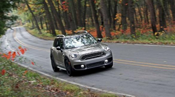 Metano e ibride le auto più prenotate su Hurry!