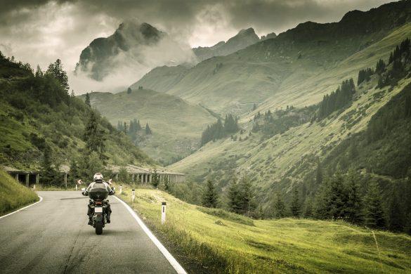 Moto_Montagna