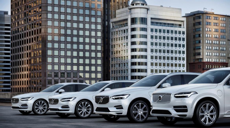 Volvo, il futuro è elettrico