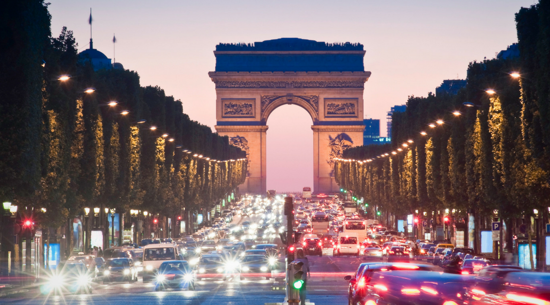 Francia: no a diesel e benzina entro il 2040