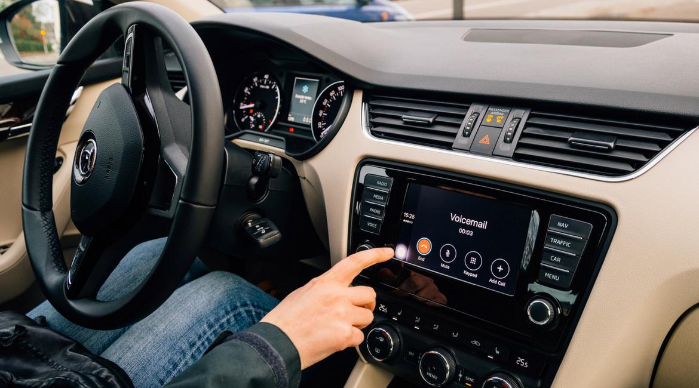 Cambia il codice della strada: come evitare le multe e telefonare in sicurezza