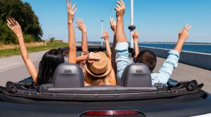 Fai il pieno di KM con Ricaricar e parti per la tua vacanza on the road