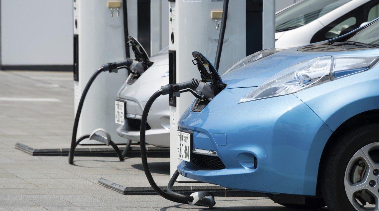 UE: crescono auto con carburanti alternativi