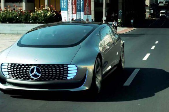 Auto senza conducente, il progetto Mercedes