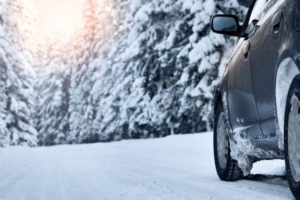 Guidare con la neve: ecco i consigli utili per chi è la guida
